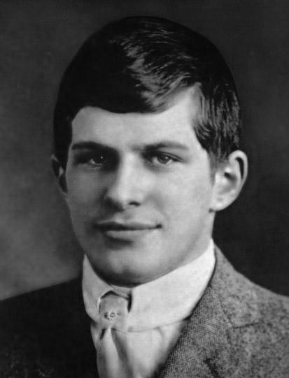 William_James_Sidis_1914