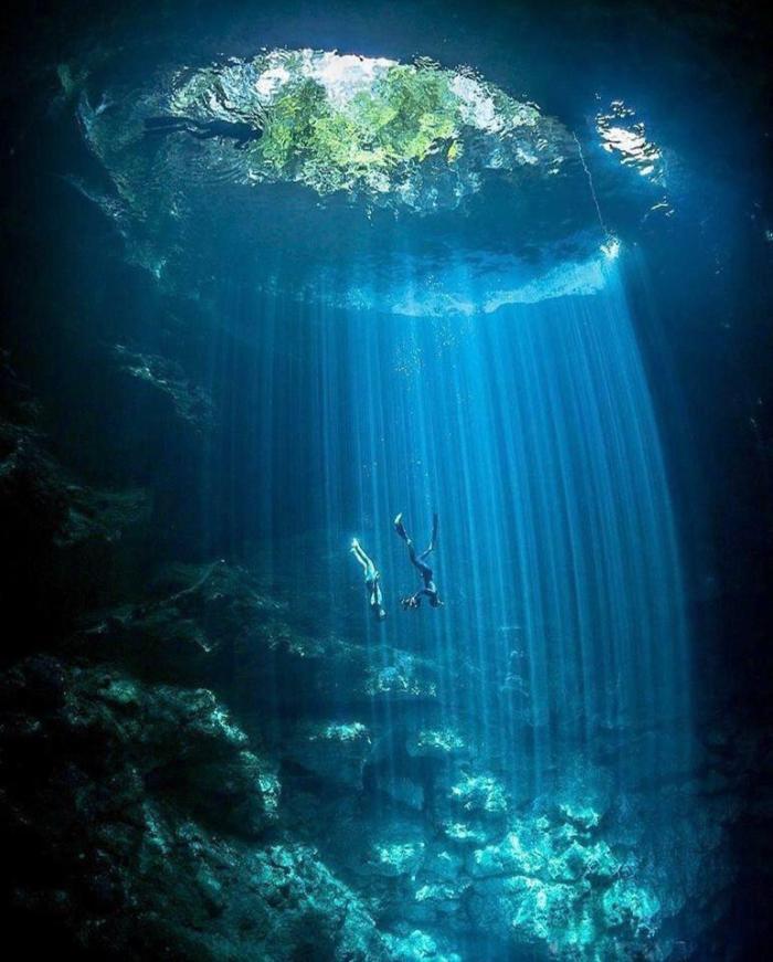 DivingHole
